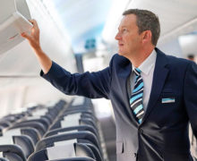 TUI Airways CEO joins cabin crew